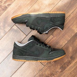 Nike - Dunk Low Anthracite Astro